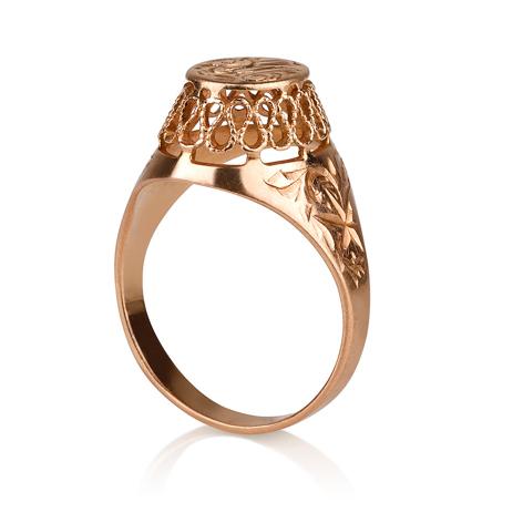 טבעת חותם גבוהה עם עיטורים הטבעות וקישוטים בסגנון של פעם ממבט צד