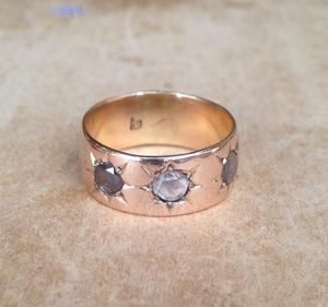 טבעת זהב ישנה בשיבוץ יהלומים בליטוש ישן