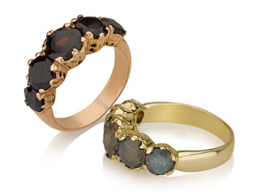 2 טבעות זהב ויקטוריאניות בשיבוץ 5 אבני חן צבעוניות