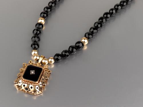 שרשרת ותליון זהב 14K ישן בשיבוץ אוניקס שחור