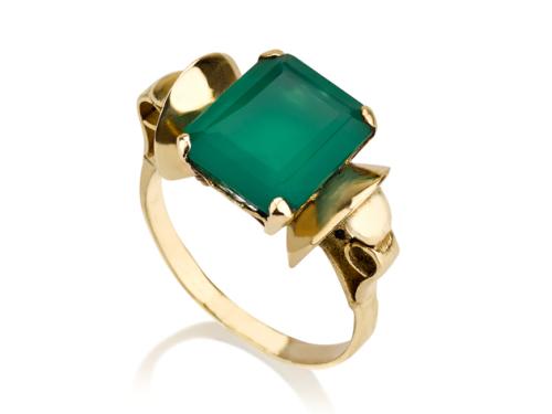טבעת זהב פרפר וינטאג׳ משובצת אבן אגת ירוקה