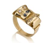 טבעת פפיון משובצת אבני ספיר כחולות ויהלומים