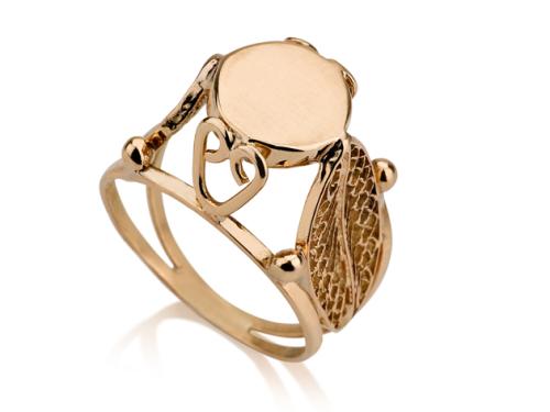 טבעת זהב מיוחדת ולא שגרתית גבוהה בסגנון חותם חלק עם עושר של עיטורים בצדדים