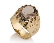טבעת בסגנון חותם זהב משובצת סמוקי טופז אפורה