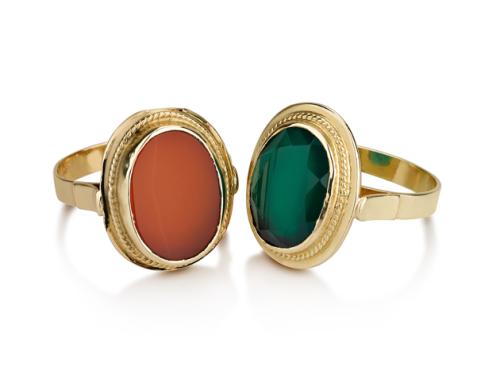 טבעת זהב 14K בסגנון עתיק בשיבוץ אבן חן אובלית