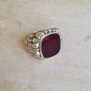 טבעת חותם אבן קרניול