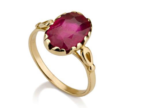 טבעת רובי טבעת זהב 14K משובצת אבן רובי אובלית
