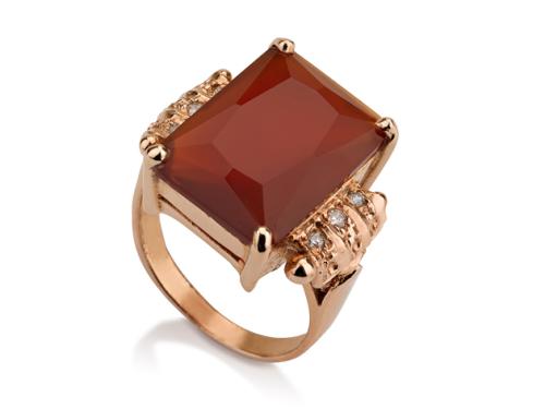 טבעת זהב 14K גדולה משובצת אבן קרניאול מלבנית ויהלומים